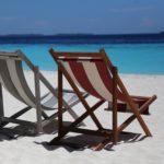 Bei regnerischem Wetter wird mehr nach Urlaubsreisen in die Sonne gesucht.
